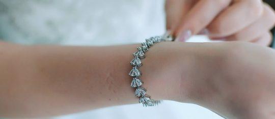offrir un bracelet